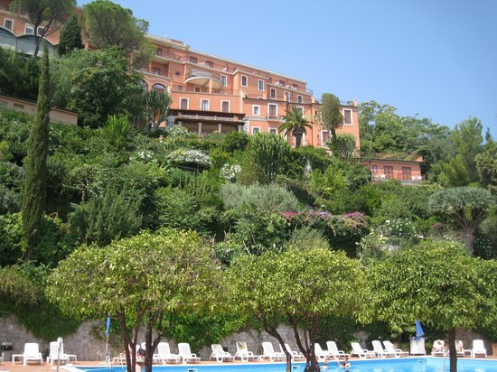 Grand Hotel Miramare: View of hotel from Pool