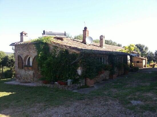 Agriturismo Tre Madonne : villa Lampone