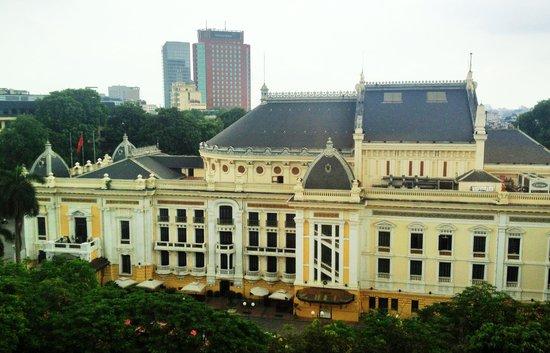 Hilton Hanoi Opera: Hotel room view of the Opera House