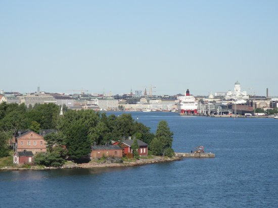 Stromma - Hop On Hop Off Bus Tour: Helsinki dal mare