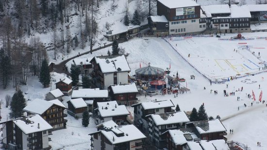Cafe Alpenblick : and the view down to the village