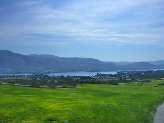 Osoyoos Golf Club: view to Osoyoos from Desert Gold course