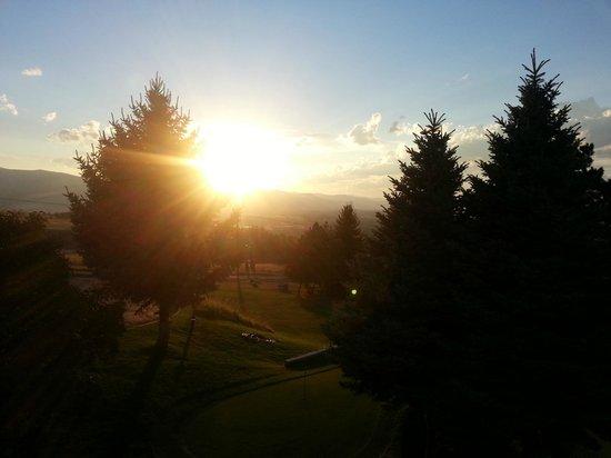 Wingate by Wyndham Missoula Airport: Montana at sunset