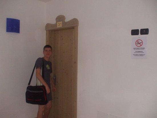 Ai Vellutai: Room 31