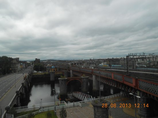 Jurys Inn Glasgow: view from room 406