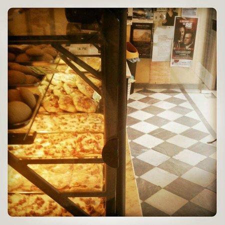 Forno de'Ghiotti: angolo pizza a taglio