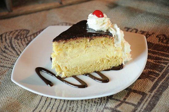 Ricky's Country Restaurant: Boston Cream Pie