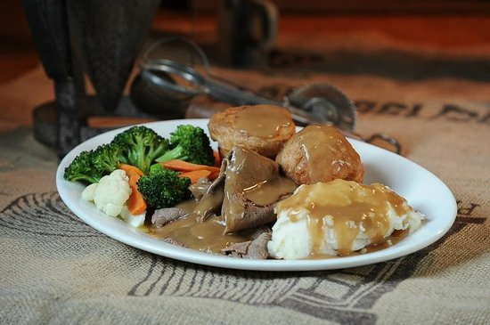 Ricky's Country Restaurant: Roast Beef Dinner