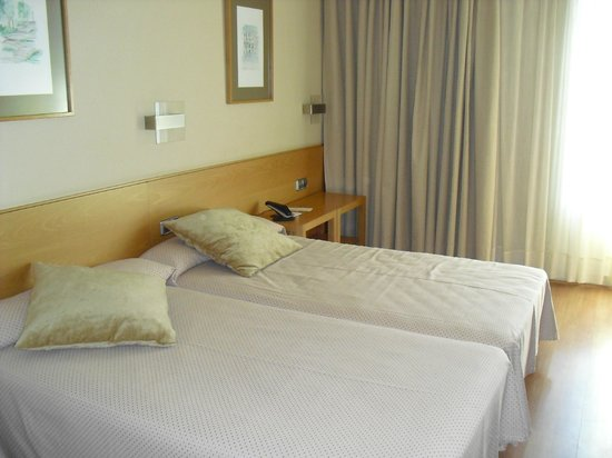 Hotel Victoria 4: camera 407