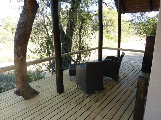 Kuname Lodge: Our Private deck - room 5