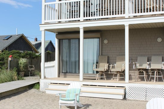 Sandbars on Cape Cod Bay: Ground floor room