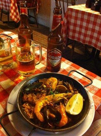 Casa Pablo El Mano : paella di pesce e Dorada