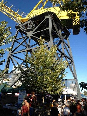 North Vancouver, Canada: Shipyard Plaza