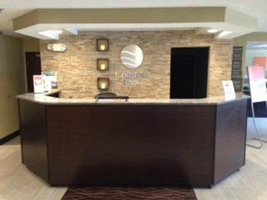 Comfort Inn Mount Airy: Hotel Lobby