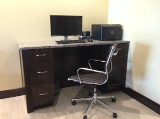 Comfort Inn Mount Airy : Business Center