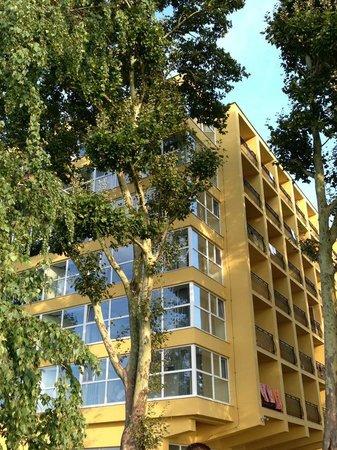 Hotel Lido: Hotel Facade