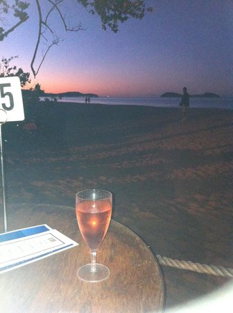 "Kewarra Beach Resort & Spa: pizza evening at the beach ""The Shack"""