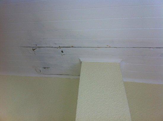 Apartamentos Maeva Les Voiles: plafond de la chambre