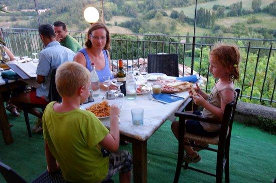 Locanda Dei Fiorucci : antipasti and spaghetti