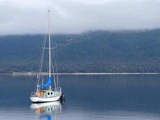 Boat on Lake Te Anau