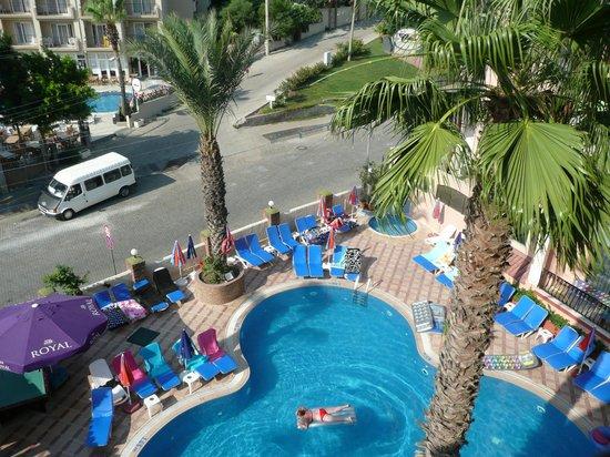 Club Meridmar Apart: Pool Area From Balcony