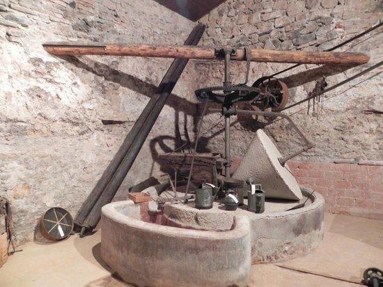 Cal Cabre del Priorat: Molino de aceite perteneciente a la casa