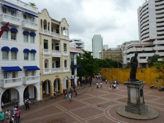 Hotel Torre del Reloj : Plaza