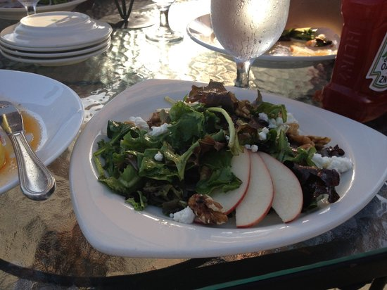 Bistro on the Green: House salad