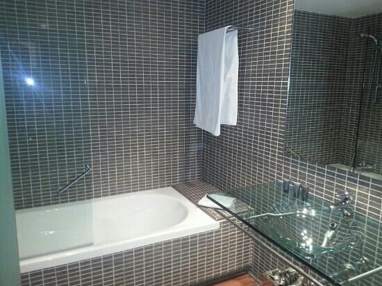 AC Hotel Algeciras: 3.Habitación matrimonio pta2