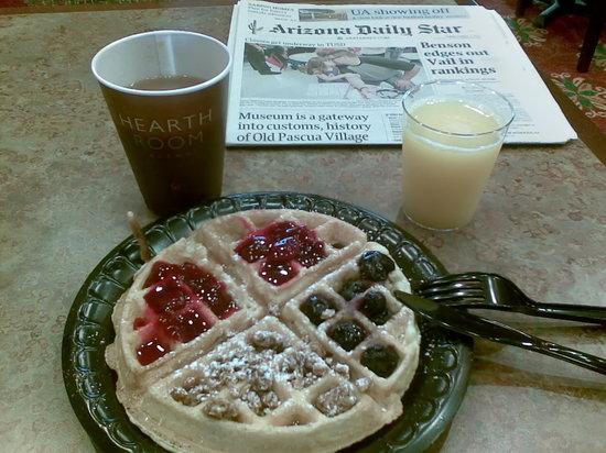 Residence Inn Tucson Airport: Desayuno Waffles