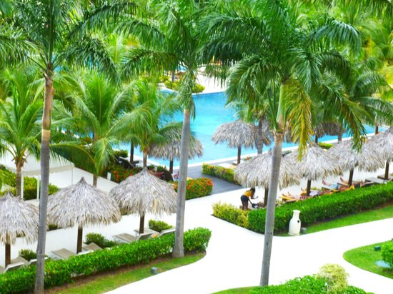 Iberostar Grand Hotel Rose Hall: one view from balcony