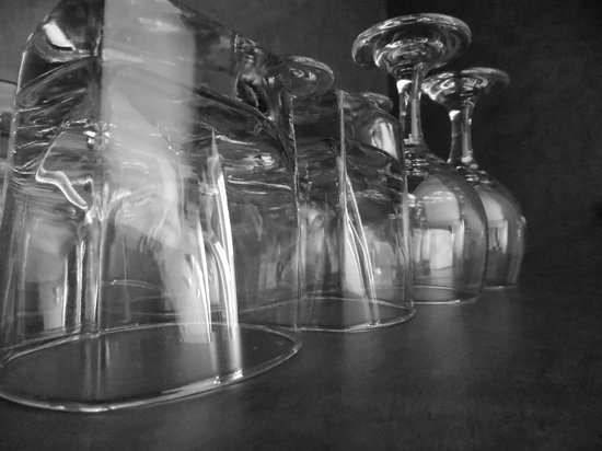 Club Quarters Hotel in San Francisco: Glassware in kitchen