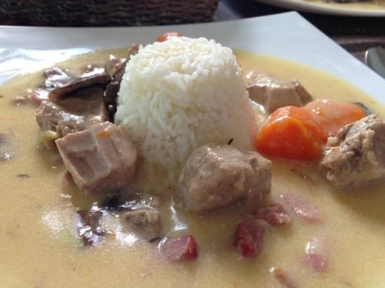 Cafe Creme: pork stew.    yummy
