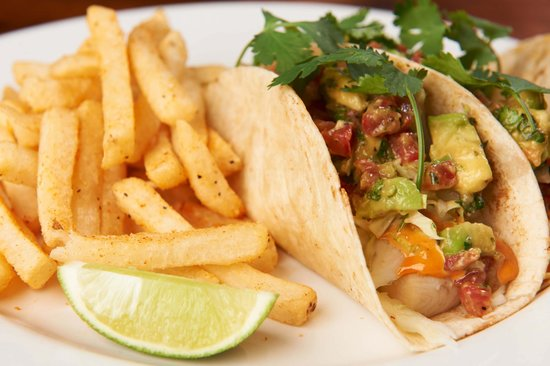 Sammy's Woodfired Pizza & Grill - San Marcos: Grilled Hawaiian Ono Tacos