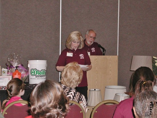 Holiday Inn Lynchburg: At Heimdal's Annual Public Charity Auction with auctioneer & club member