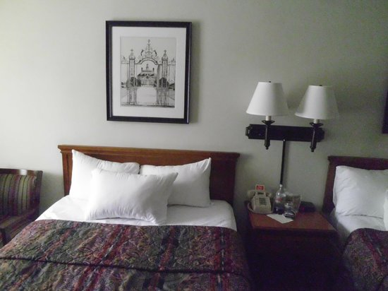 Governor's Inn - Colonial Williamsburg: room pic 3