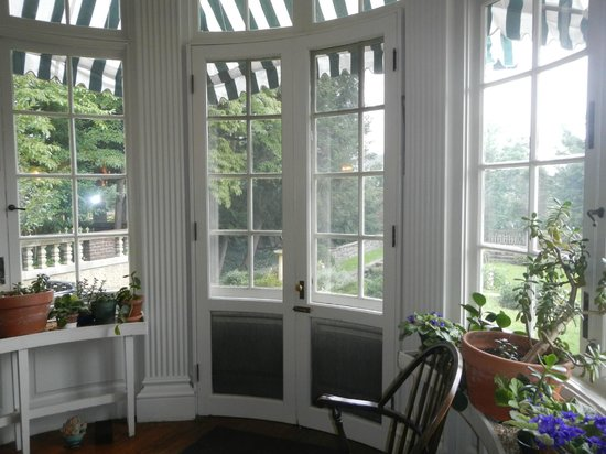 The President Woodrow Wilson House: One of the balconies that overlooks gardens