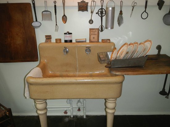 The President Woodrow Wilson House : Original sink