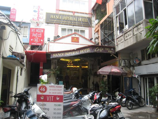Hanoi Imperial Hotel: Entrance to Imperial