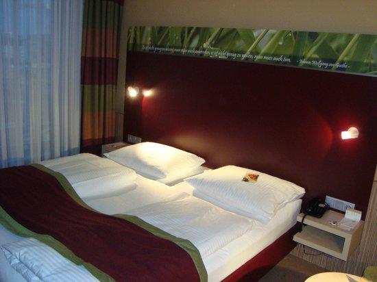 Movenpick Hotel Frankfurt am Main City: Suíte