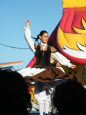 Alen do mar : Galician dance... wonderful to watch!