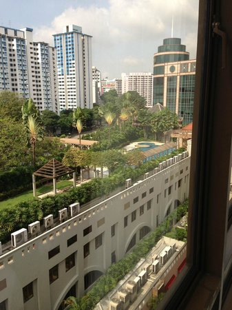Village Residence Clarke Quay by Far East Hospitality: View from room - pool area and BBQ