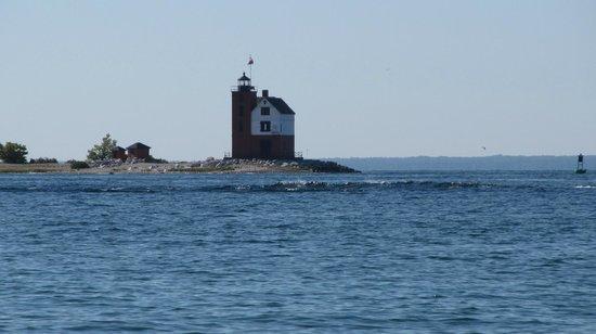 Haan's 1830 Inn: Round Island Lighthouse
