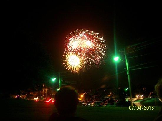 Solomons Victorian Inn: Fireworks