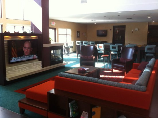 Residence Inn Midland: Common area