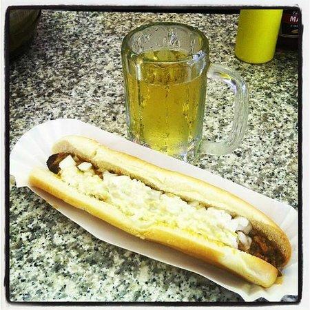 Sam's Corner: Footlong w/ chili, onions, mustard and slaw.  Cold Draft.  Yum.