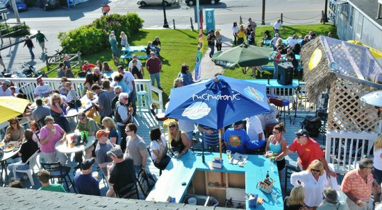 Sunset Bar & Grill: Aerial View of the Deck & front lawn
