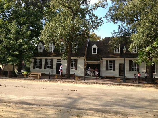 Josiah Chowning's Tavern: Very charming atmosphere