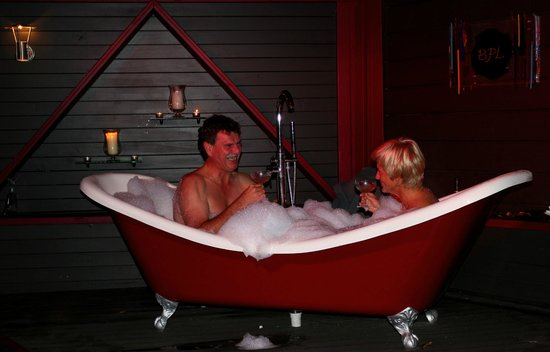 Bushland Park Lodge & Retreat: wedding anniversary 25 for Romance night