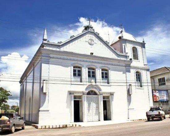 Macapa, AP: vista de frente da igreja de São José